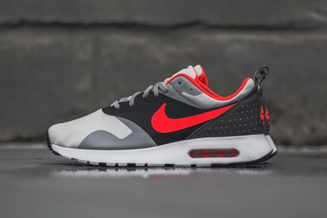 Nike Air Max Tavas Bright Crimson 5