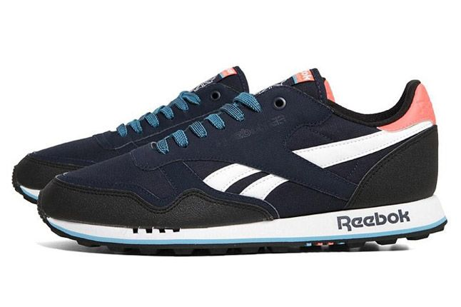 Reebok Classic Leather Trail Infinite Blue Side 1