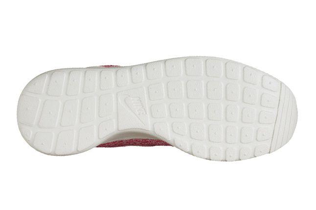 Nike Roshe Run Speckle Pink Sole 1