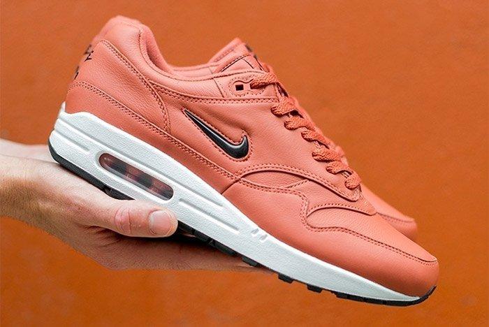 Nike Air Max 1 Jewel Pink 3