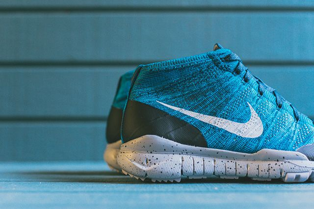 Nike Flyknit Squadron Blue 3