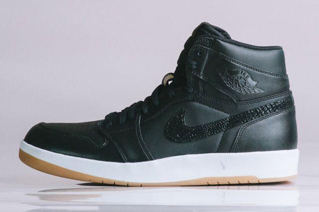 Air Jordan 1 5 The Return