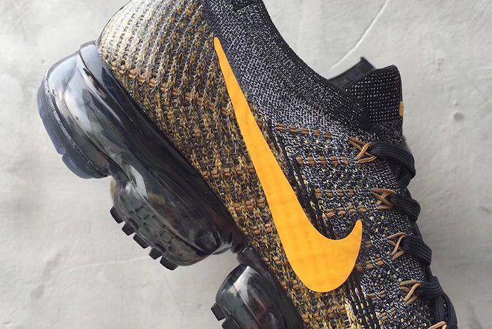 Nike Air Vapormax Yellow Swoosh 5