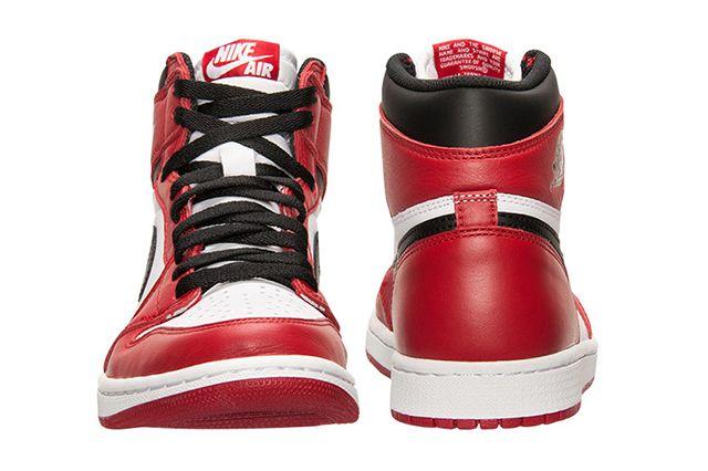 Air Jordan 1 Chicago 3