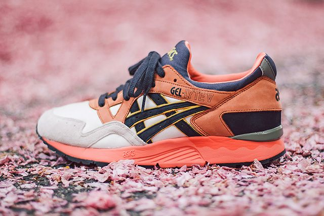 Ubiq X Asics Gel Lyte V Midnight Bloom 8