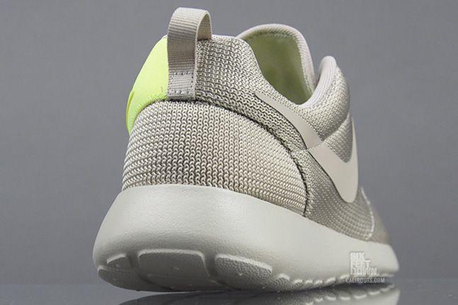 Nike Roshe Run Split Heel 1