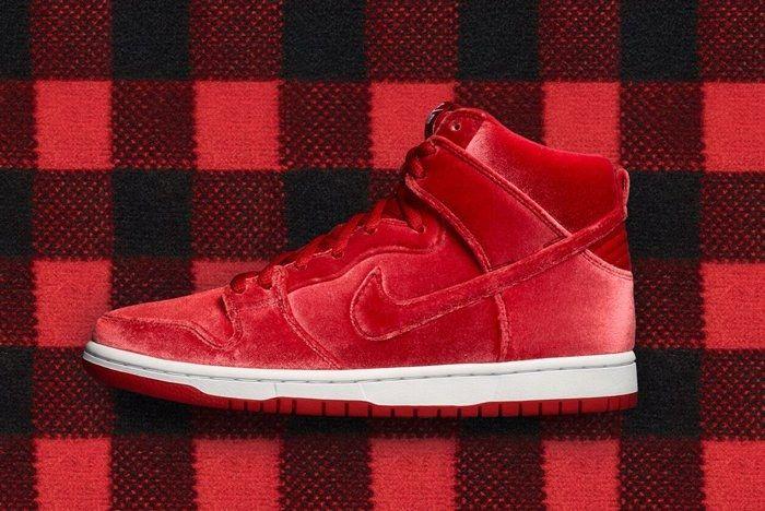 Nike Sb Dunk High Santa