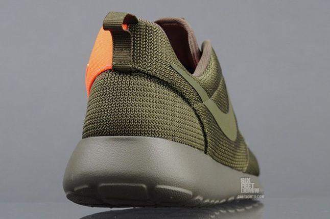 Nike Roshe Run 2Faced Green Heel Detail 1