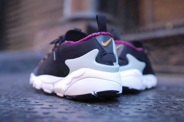 Nike Air Footscape Motion Bright Magenta Bump 4