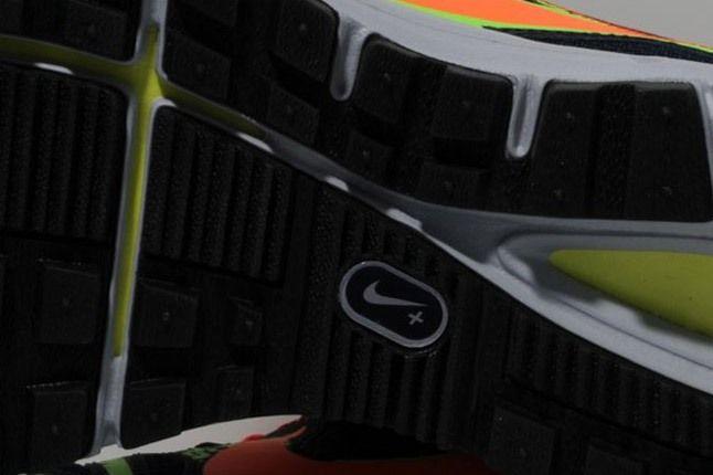 Nike Lunarfly 3 Trail Obsidian Orange Green Outersole 1