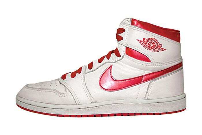 Air Jordan 1 Metallic Red