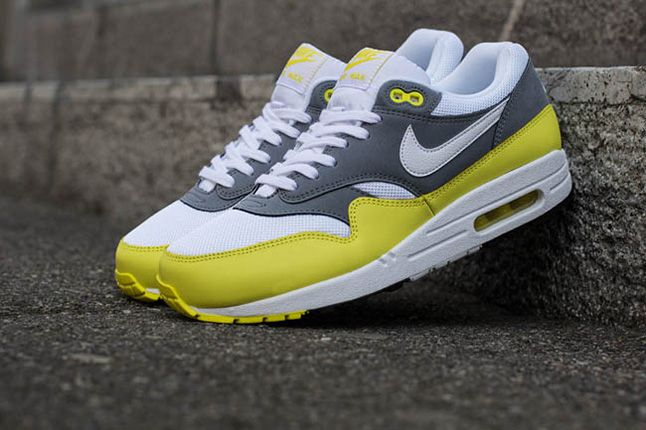 Nike Air Max 1 Essential Cool Grey Yellow 1 1