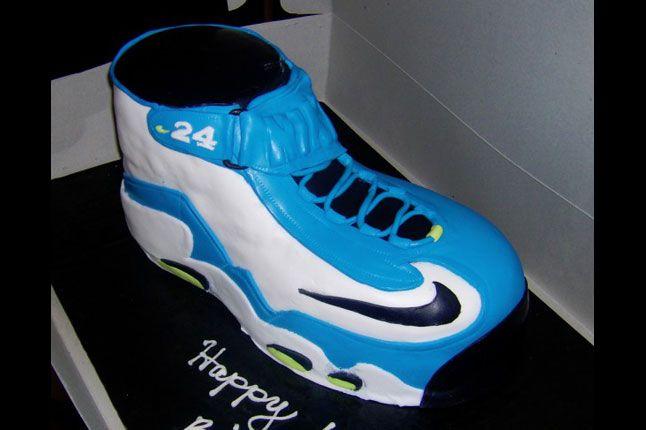 Sneaker Freaker Sneaker Cakes Air Griffey Max 1