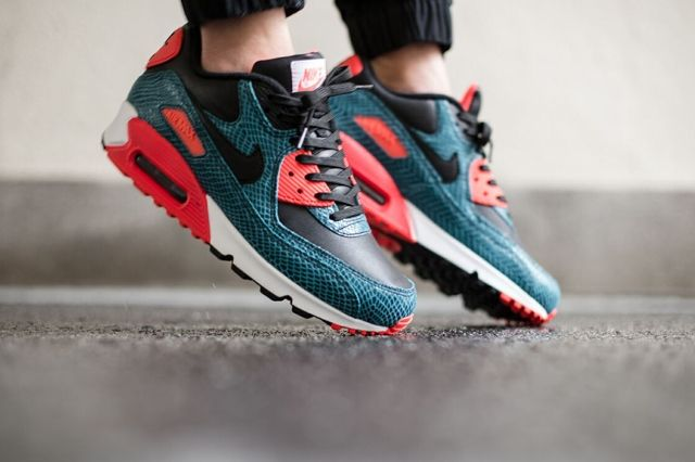 Nike Air Max 90 Dusty Cactus Snake 1