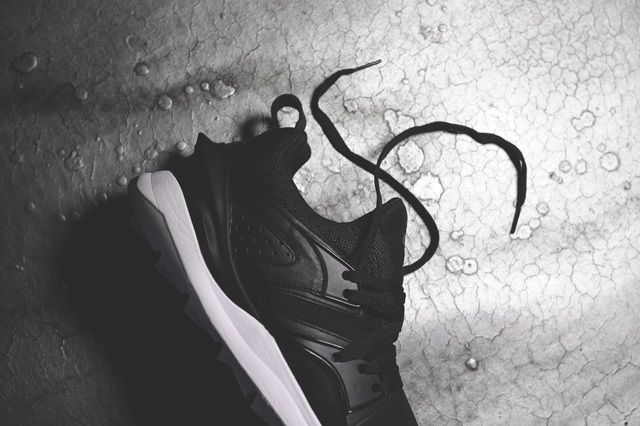 Puma Blaze Swift Tech Black White 1