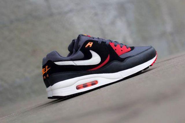 Nike Air Max Light Black Pine