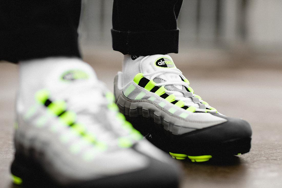Nike Air Vapormax95 Neon 8