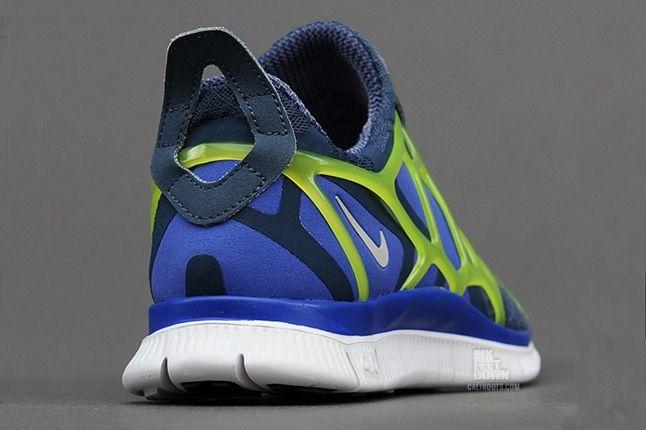Nike Free Alt Closure Run Sqdrnbl Hypbl Cybr Heel Quarter 1