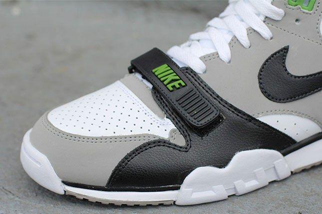 Nike Sneaker Strap 1