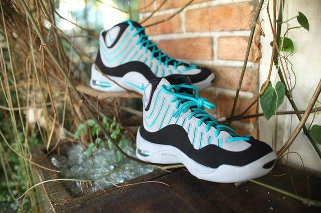 Nike Air Bakin Grey Teal 5
