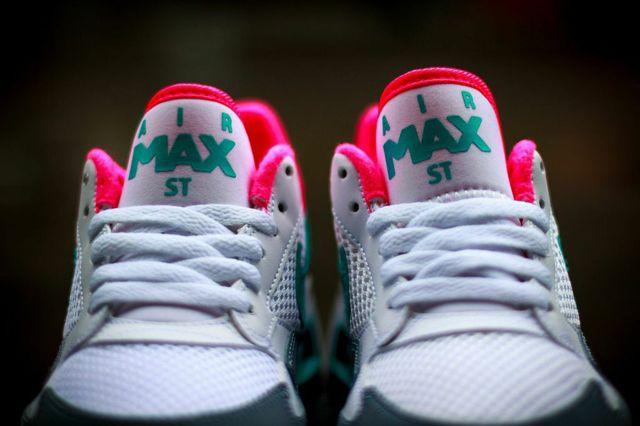 Nike Air Max St Hyper Peanut 4