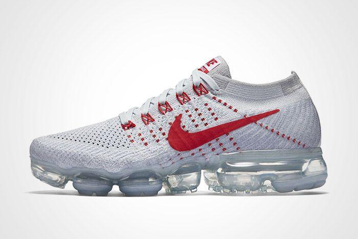 Nike Wmns Air Vapormax Pure Platinum Thumb