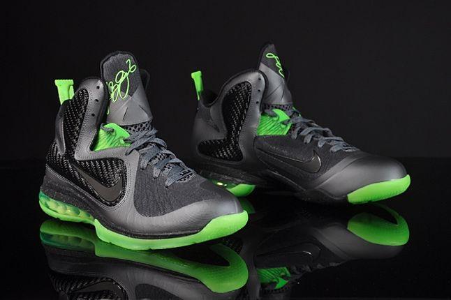 Nike Le Bron 9 Dunkman 02 1