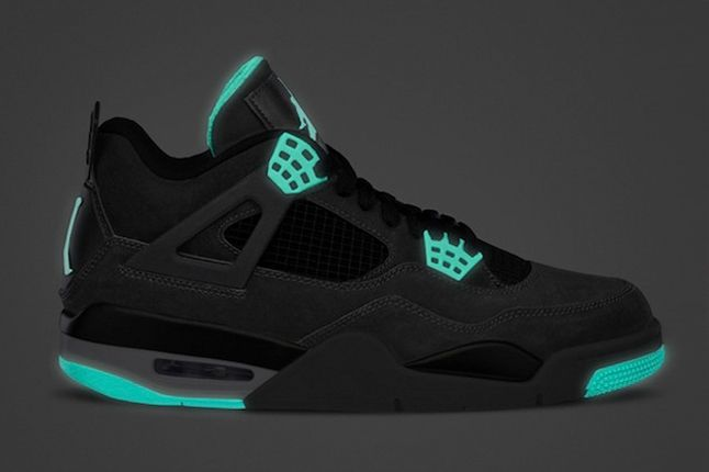 Jordan 4 Green Glow In Dark Profile 1