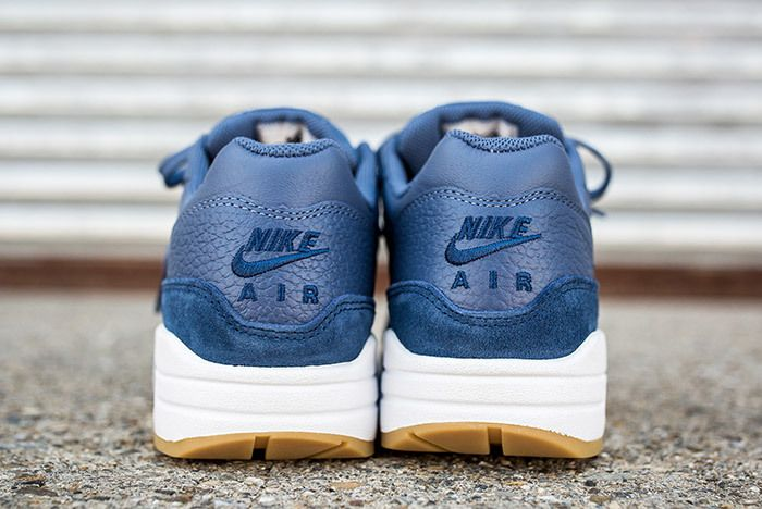 Nike Air Max 1 Jewel Womens Blue 4