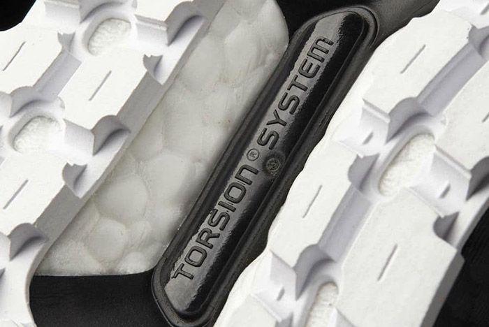 Adidas Ultraboost Atr Mid Oreo Black White 2