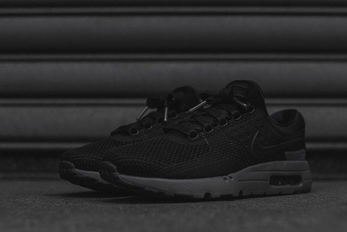 Nike Air Max Zero Black 3 1