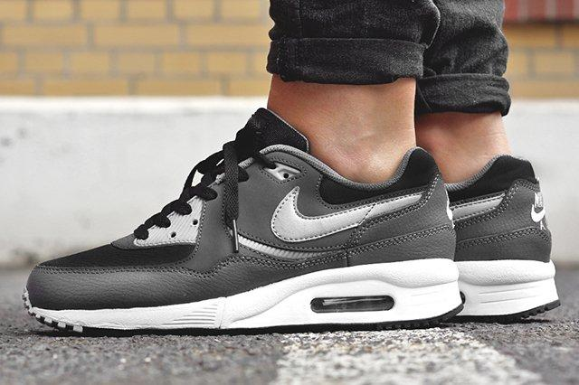 Nike Air Max Light Gs Black Wolf Grey