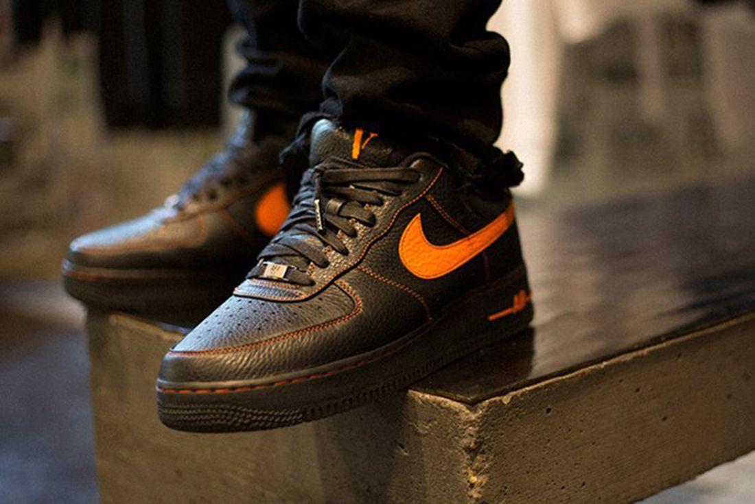 vestirse Conexión Berenjena  VLONE X NikeLAB Air Force 1 - Sneaker Freaker