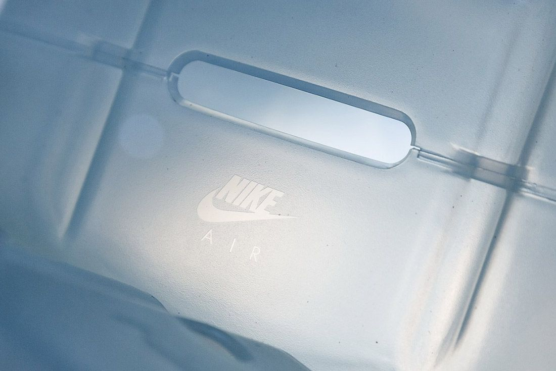 Look Inside Arthur Huangs Nikelab Air Max 1 Royal Box Pop Up 6