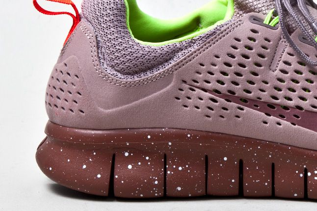 Nike Free Powerlines 2 Diffused Taupe Speckled Sole 1