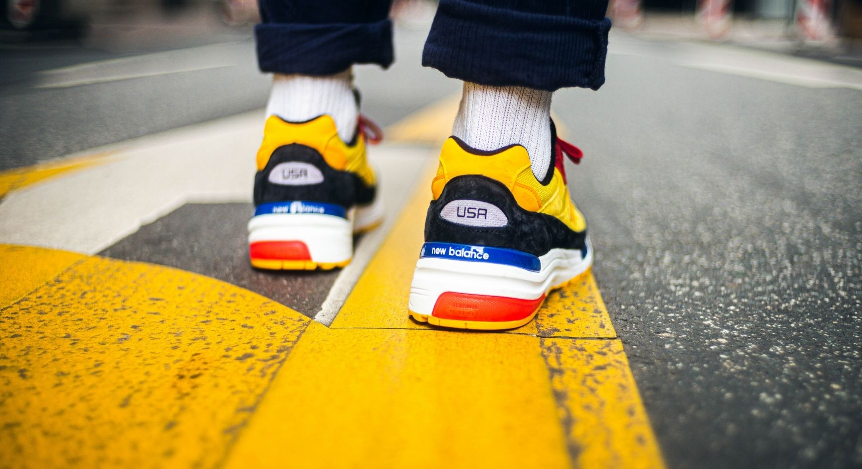 New Balance 992 Bright Yellow Heel