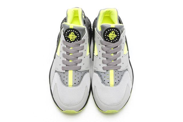 Nike Air Huarache Neon 2