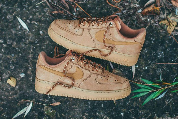 Nike Air Force 1 Wheat Mid