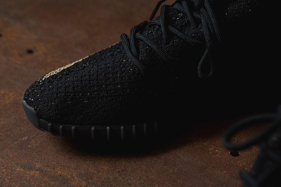 Adidas Originals Yeezy Boost 350 V2 Black Copper Solar Red Green 55