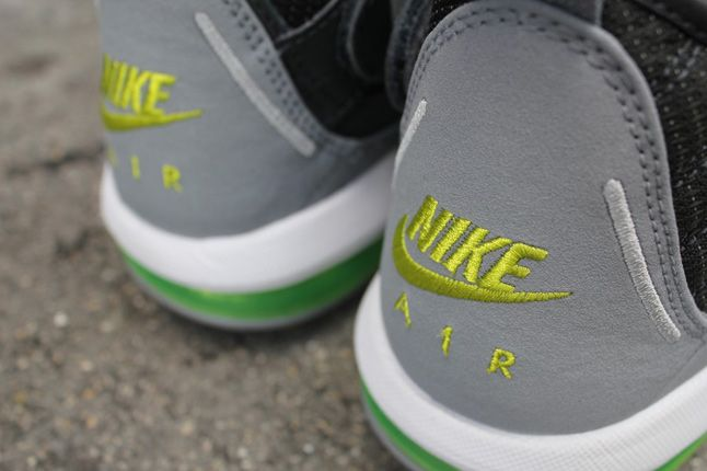 Nike Air Max Shake Evolve 05 1