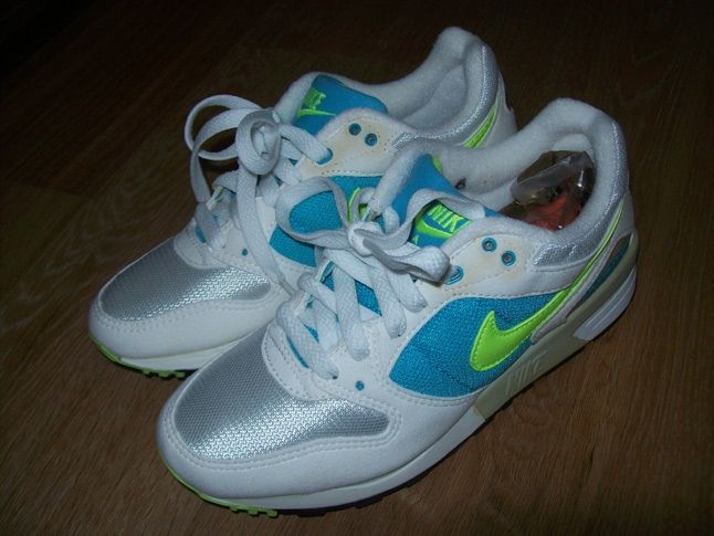 Nike Vintage Pegasus2 1