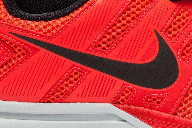 Mesh Nike Structure16 Shield Crimson 1