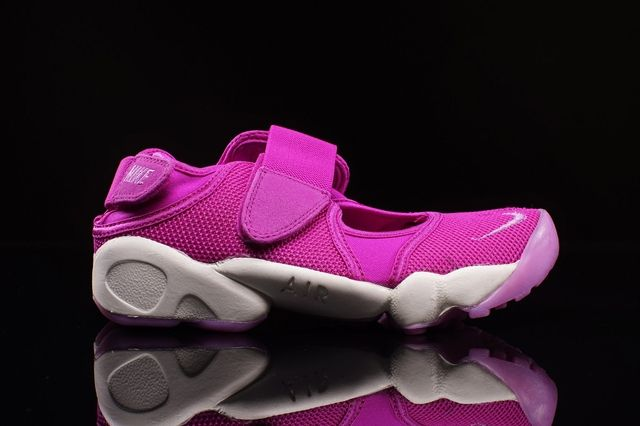 Nike Air Rift Flash Pink 1