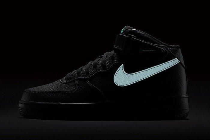 Nike Air Force 1 Mid Reflective Swoosh Pack 5
