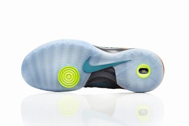 Nike Hyperdunk 2013 Kyrie Irving 2