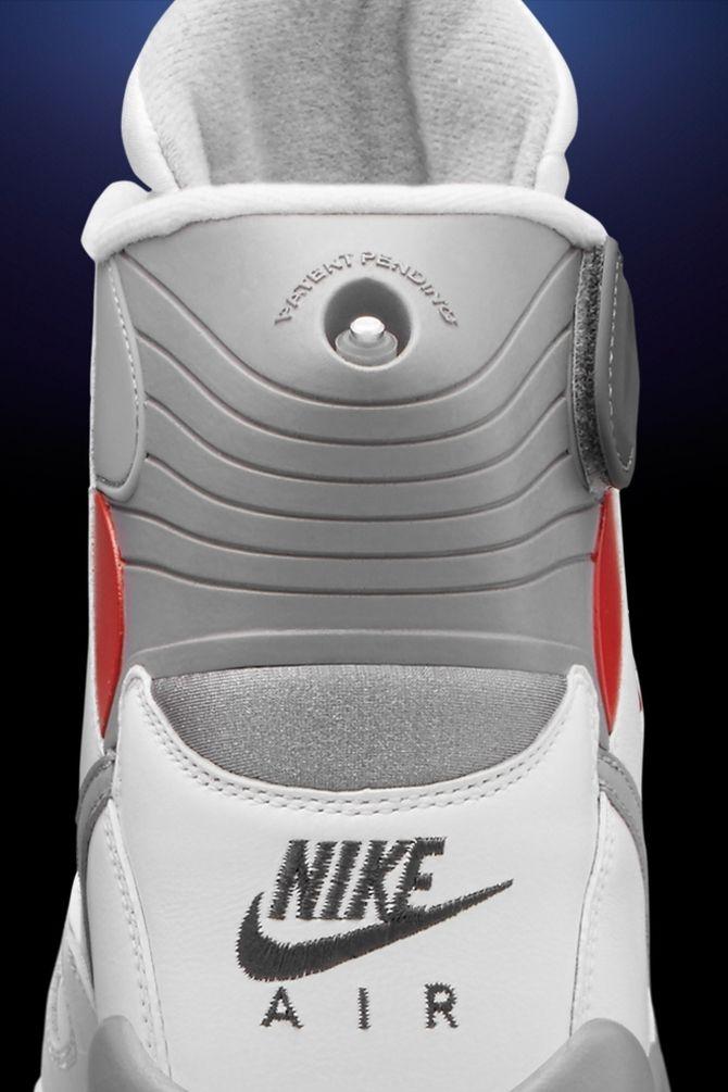 Nike Air Pressure Returns 4