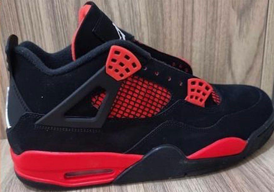 Air Jordan 4 Red Thunder