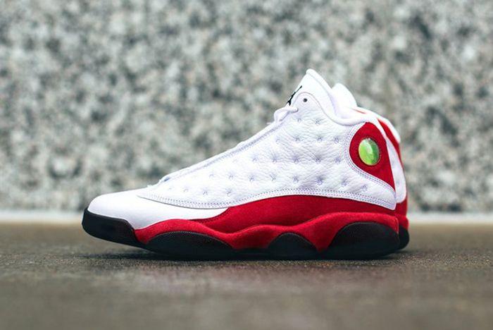 Air Jordan 13 True Red11