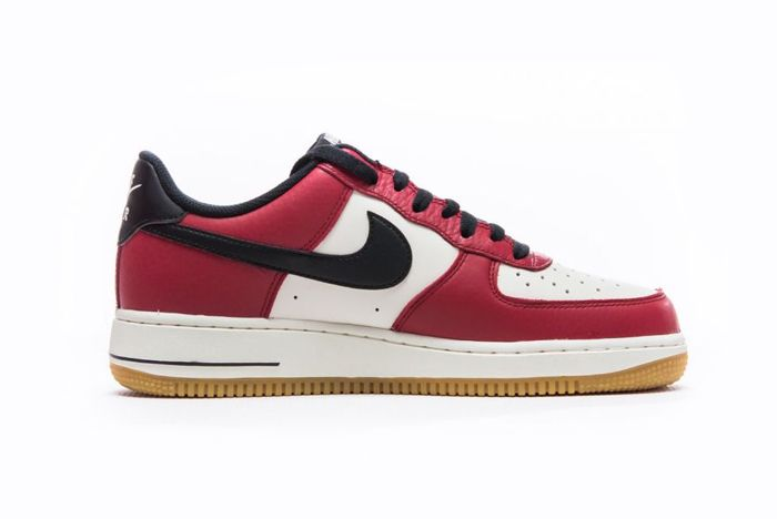 Nike Air Force 1 Low Chicago 2