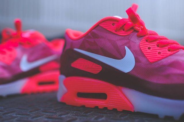 Nike Air Max 90 Ice Laser Crimson 2